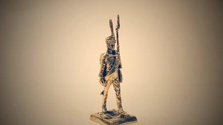 3.Рядовой Лейб-Гвардии Литовского полка.