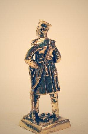 2.Флотский офицер.