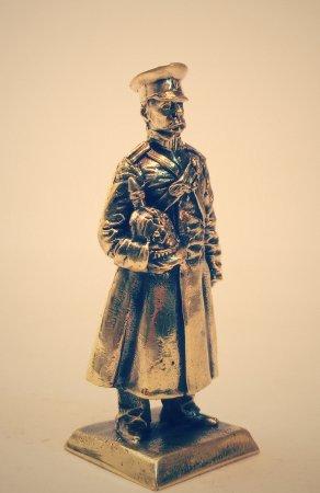 1.Пехотный офицер.