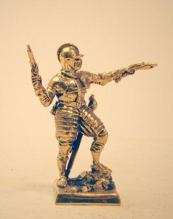 6.Спешенный рыцарь с пистолетами.