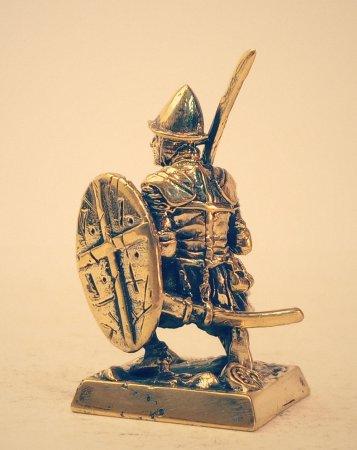 1.Сержант со щитом.
