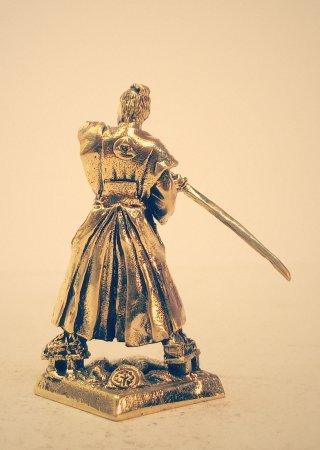 3.Самурай в хакаме с гербом клана «ходжо».